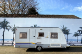Burstner Ventana 435TS, met vast bed en MOVER